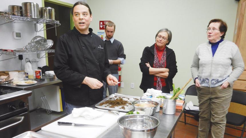 Chef-Sean-sherman-cooking-class