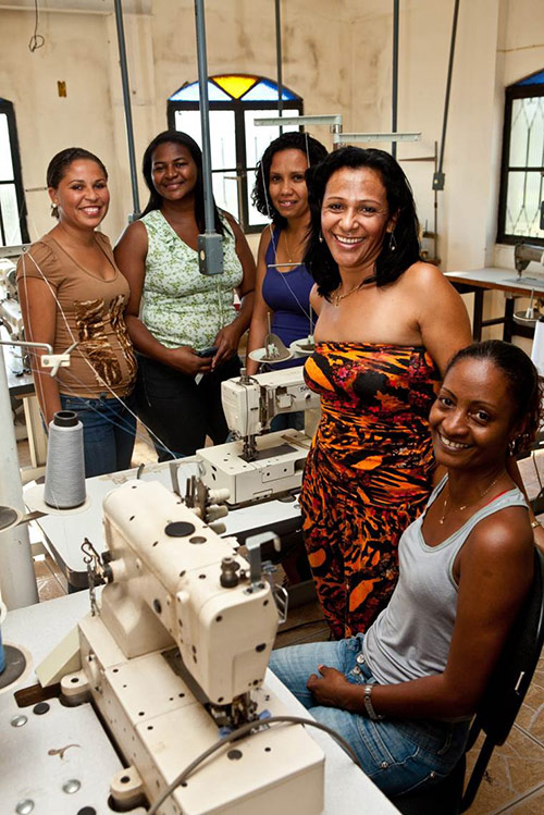 Sustainable-Consumption-group-women